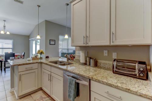 95209 Leafcrest Ct Fernandina-print-018-37-Kitchen-3456x2304-300dpi